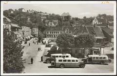 Postkort fra Agder (Avtrykket) Tags: bil bolighus buss bygård hus postkort rutebil arendal austagder norway nor