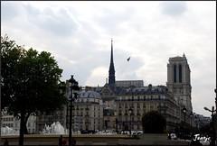 Hacia Notre Dame (París, Francia, 2-10-2009) (Juanje Orío) Tags: parís francia 2009 france europa europe europeanunion unióneuropea patrimoniodelahumanidad worldheritage