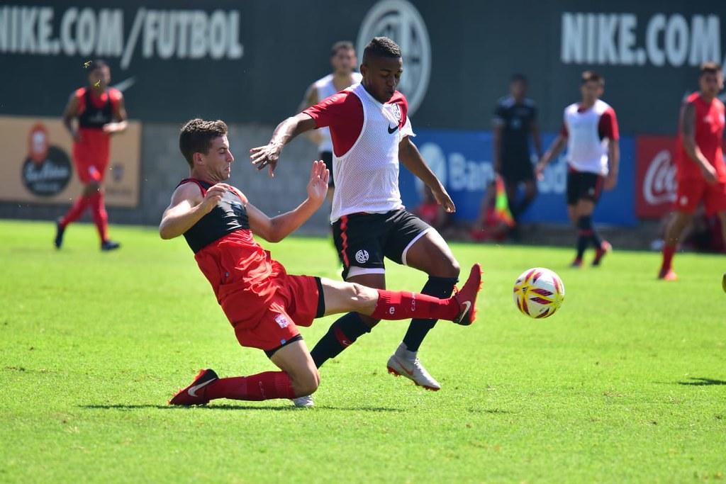 C. A. San Lorenzo de Almagro   Práctica de fútbol vs. Deportivo Morón 89ce0d5914126