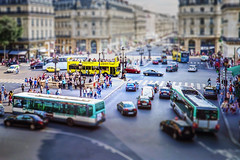 Le Petit Paris (-liyen-) Tags: paris tiltshift photoshop france traffic miniaturefujixt1 mpt679 matchpointwinner matchpointchampion challengeyouwinner cyunanimous