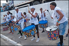 (wilphid) Tags: bonfim lavagemdobonfim comercio cidadebaixa salvador bahia brésil brasil fête défilé procession religion musique musiciens rue personnes