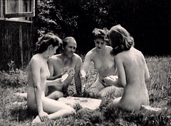 Strip Poker, (I am albutross) Tags: womn man cards albutross