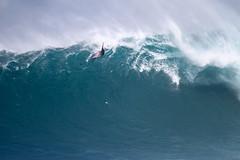 KaiLennyLipAirdrop4Lynton (Aaron Lynton) Tags: jaws peahi surf surfing maui hawaii jawschallenge peahichallenge jawschallenge2018 bigwave bigwavesurfing bigwaves bigwavesurf xxl wsl lyntonproductions canon pushing limits legends