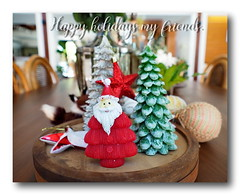 Happy Holidays, all of my flick friends. (natureflower photography) Tags: happy holidays merry christmas new year all flick friends red green