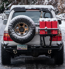DSC08794 (captured by bond) Tags: 100series landcruiser toyota snow 4x4labs offroad truck