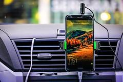 Technology (WenCarvalho) Tags: coche carro reloj watch hora wallpaper finanzas economía auto car phone celular tecnología technology
