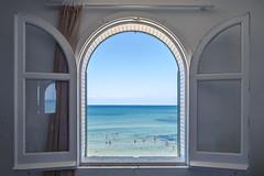 Summer view (carlocattaneofotografie) Tags: estate summer mare sea view finestra window sicily sicilia persone