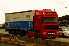 DAF XF SSC E5 105.460 2012 FT - Zweden Int. Trucking B.V. Zeddam, Holland (Celik Pictures) Tags: seenindeutschland vacationphotos autobahn lkw raststättemedenbachost seenata3autobahnraststättemedenbachostshelltankstellewiesbaden seenata3autobahn 37bbb1 daf xf ssc e5 105460 2012 ft zwedeninttruckingbv zeddam holland reflex nedupack
