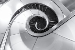 The End Is The Beginning Is The End (sdupimages) Tags: gare trainstation canon monochrome spiralstaircase noirblanc blackwhite uga architecture escaliers stairs spirale bw nb eurostar lounge salon indoor interieur smileonsaturday