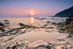 2018憶夏_3(DSC_7367) (nans0410(busy)) Tags: taiwan newtaipeicity wanli sunrise sunlight rocks reflection northcoast 台灣 新北市 萬里區 晨曦 神桌