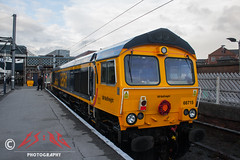 Railfreight in Remembrance (CS:BG Photography) Tags: gbrailfreight gbrf doncaster don shed class66 66715 valour remembrancesunday armisticecentenary ecml eastcoastmainline