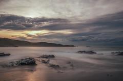 Nubes de tormenta. (Amparo Hervella) Tags: playadeverdicio asturias españa spain nube roca largaexposición d7000 nikon nikond7000 naturaleza