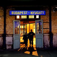 Budapest - Nyugati Station (pom'.) Tags: panasonicdmctz101 november 2018 hungary europeanunion budapest train station nyugati nyugatistation 100 people police 200