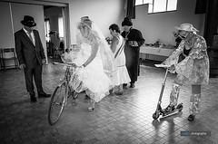 Ne jamais sous-estimer l'imagination des invités à votre mariage ! . Photo de Sophie Chrétien prise à , Saint-Sigismond (Maine-et-Loire) . . . #Activities #Activités #Atmosphere #Atmosphère #Celebration #Convivialité #Célébration #Famille #Family #Friendl (Mely | Photographie) Tags: mariage love romance amour wedding bride bridaldress romantic couple pentax pentaxphoto studiomely