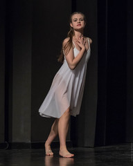 20181027-_NZ79947 (ilvic) Tags: dance dans danse danza taniec tanz ostrówwielkopolski greaterpolandvoivodeship poland pl