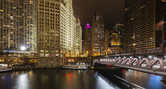 DuSable Bridge in Chicago (Wim Boon Fotografie) Tags: wimboon chicago usa canoneos5dmarkiii canonef1635mmf4lisusm night chicagoriver dusablebridge