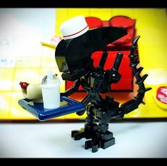Lego MOC Xenomorphs (wind9221) Tags: fastfood alien xenomorph moc lego legomoc
