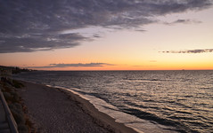 Beach sunset (Laineyb93) Tags: moodysky clouds fantasticnature wa westernaustralia sunset skyscape seascape sea nikond7000 colur sky nature fantastic beautifulplace views shades natural world