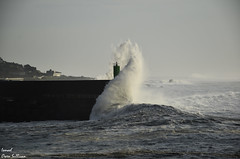 Galicia (Ismael Owen Sullivan) Tags: foto fotografia d5300 digital nikon travel españa galicia photography sky olas ola wave mar ocean oceano lighthouse faro aguarda agua landscape horizont traveler miño