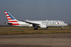 American Airlines N818AL (Howard_Pulling) Tags: shanghai airport china howardpulling aviation airlines flug flughafen aircraft chinese