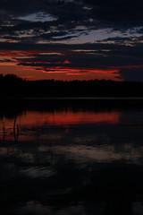 Schweden 08 354-1 (Andre56154) Tags: schweden08 schweden sweden sverige ufer see lake wasser water himmel sky wolke cloud abendrot afterglow sonnenuntergang sunset landschaft landscape
