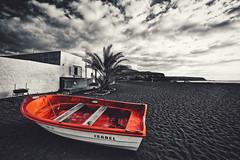 Isabel V2 (kalbasz) Tags: ajuy spain fuerteventura boat beach palm tree black white red cloud sands building outdoor fuji xt2 xf1024 art city urban