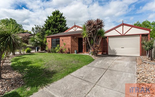 9 Wilmott Close, Berwick VIC 3806