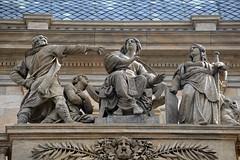 Prager Fassadendetails - 1 (fotomänni) Tags: prag prague praha jugendstil fassadenfiguren skulptur skulpturen sculpture kunst art manfredweis