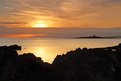 Skerries Sunrise (Stephen-Gallagher) Tags: skerries thecaptains sunrise sea eos1300d shenick martellotower