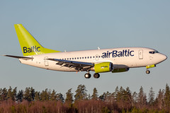 YL-BBE Boeing 737-53S Air Baltic (Andreas Eriksson - VstPic) Tags: ylbbe boeing 73753s air baltic 1m1 from riga