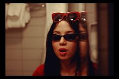 NYC, 2018 (TheJennire) Tags: photography fotografia foto photo canon camera camara colours colores cores light luz young tumblr indie teen adolescentcontent sunglasses hotelroom hoteledison 2018 50mm bathroom fashion makeup nyc newyork ny unitedstates usa eua blackframes
