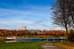Herbst am Kanal (hermelin52) Tags: deutschland nrw ruhrgebiet henrichenburg herbst indiensummer autum kanal schiff schifffahrt gewässer datteln waltrop oberwiese germany binnenschifffahrt