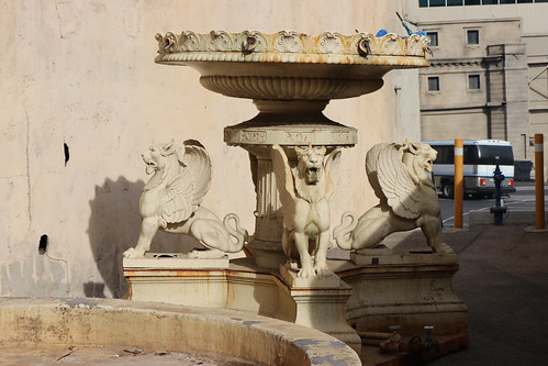 "Universal Studios Backlot: Court of Miracles Fountain • <a style=""font-size:0.8em;"" href=""http://www.flickr.com/photos/28558260@N04/44361759940/"" target=""_blank"">View on Flickr</a>"