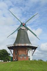 Greetsiel_044 (rhomboederrippel) Tags: rhomboederrippel june 2018 fujifilm xe1 europe germany lowersaxony greetsiel sky blue green windmill cloud