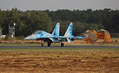 Sukhoi Su-27 Ukranian Air Force 71 landing at Kleine-Brogel Spotter 7 septembre 20182018-09-07 10-25-56_0199 mod et signée (vincent.lempereur) Tags: su27 fighter avion militaryaircraft meetingaérien meeting militaryfighter plane chasseur