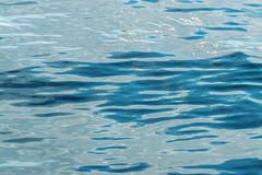 vague de port (guydhotel34) Tags: reflets reflects eau water sea mer