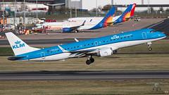 PH-EXV E195 KLM