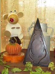Le chocolat : tout une histoire....EXPLORE à la place 27 du 12 janvier 2019 Merci (Kermitfrog ;-)) Tags: chocolat vache citrouille chatperché dole jura bourgognefranchecomté 39 salonduvinetduchocolat authume 10èmeannée benetot chocolatier explore