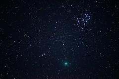 46P (the real Kam75) Tags: comet 46p wirtanen sky night december cold pleiades 7sisters stars nikon