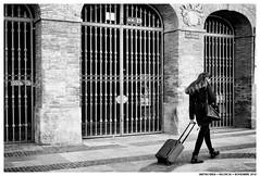 -- (Matías Brëa) Tags: calle street photography blanco y negro black white bnw mono monochrome monocromo personas people