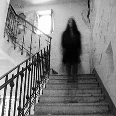 (Victoria Yarlikova) Tags: monochrome abandoned stairs creepy eerie abandonedmansion blackandwhite attic abandonedmansioninthewoods