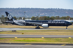 Air New Zealand | B777-300ER | ZK-OKQ (Anthony Kernich Photo) Tags: airnewzealand anz zkokq b777 b777300er b777300 widebody adelaide adelaideairport plane planespotting aircraft aviation aeroplane jet 2019 noise boeing777 boeing olympusem10 olympus olympusomd microfourthirds heavy ypad summer terminal runway australia southaustralia