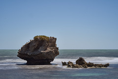 Mushroom Rock (Stueyman) Tags: sony a7 a7ii wa westernaustralia australia au rockingham perth capeperon summer sea sky water indianocean 85mm
