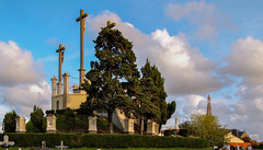Calvary... (MickyFlick) Tags: sainthilairedechaléons paysdelaloire mickyflick calvary church ornatespire loireatlantique france europe