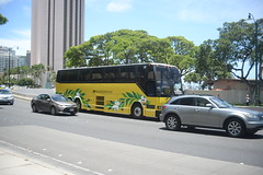 TP Tran 77 W HNL 6-16-17 (THE Holy Hand Grenade!) Tags: bus travelplaza prevost h341 waikiki honoluluhi nikond610 nikkor35135mmƒ3545af geotagged