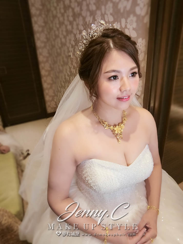 【新秘蓁妮】bride華蓁 訂結婚造型 /台中雅園新潮