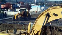 (Rich T. Par) Tags: pomona phillipsranch socal southerncalifornia losangelescounty lacounty constructionsite constructionvehicles california tree suburb tractor dirt civilengineering grader civilengineers heavyequipment excavator