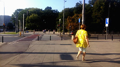 Untitled Warsaw summer scene (marco_albcs) Tags: mazovia pol poland polónia warszawa warsaw streetphotography lemon yellow lady passingby candid