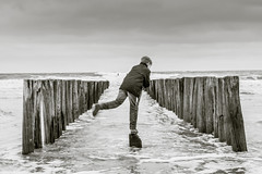 Oostkapelle (Omroep Zeeland) Tags: oostkapelle zeeland nederland leonflipse golfbreker zee water zw