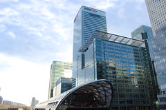 Crossrail and Office Blocks (fatty13en) Tags: barclays hsbc citi banks hq skyscrapers canarywharf london city isleofdogs modern glass crossrail station financial sunny